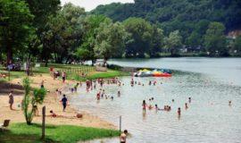Camping Domaine Du Lac De Champos
